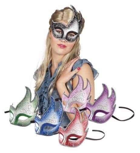 6 loups masques flamme