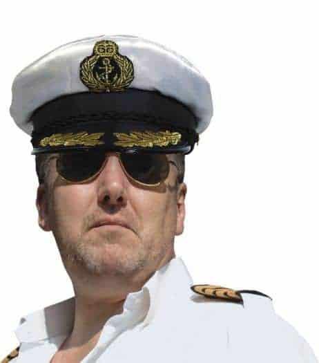 Casquette commandant de marine