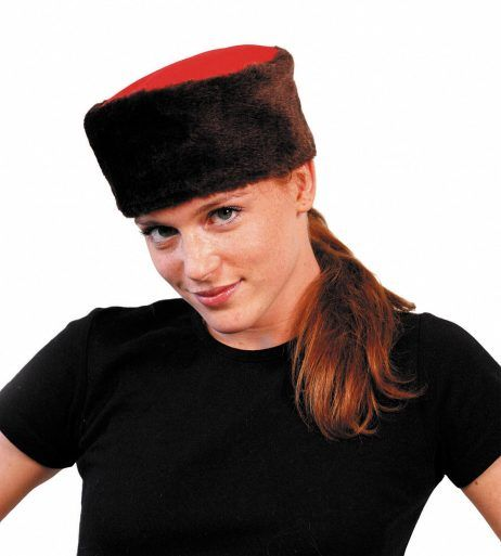 Toque soviétique rouge et noire