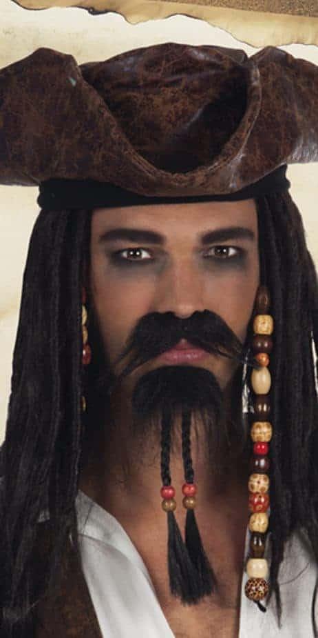 Barbe et moustache du pirate des caraibes