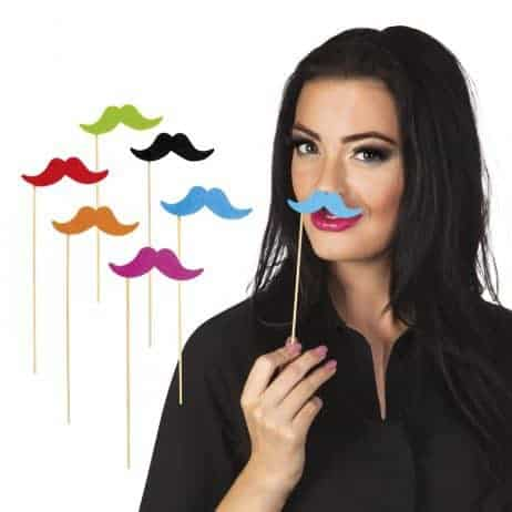 Moustaches batons