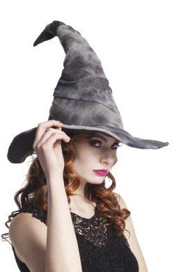 Chapeau gris de sorciere