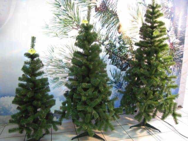 Sapin de noel artificiel sapin vert hauteur 120 cm 142 for Sapin artificiel professionnel