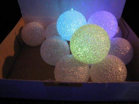 BOULES LUMINEUSES (Boules de noel - 8 cm) Décoration de noel