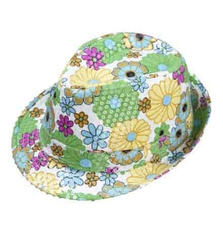 Chapeau fleuri a paillettes