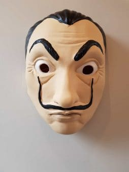 Masque dali en latex